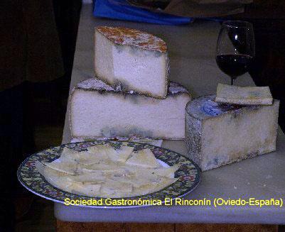 Degustación del queso Gamonedo o Gamoneu