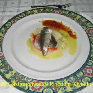 Pastel de patata y sardina marinada como en Casa Amparo